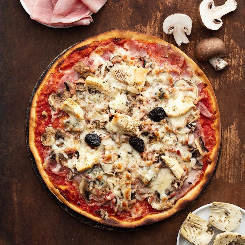 Pizza-italienne-faite-maison-Rimini-La-Tour-de-Pise