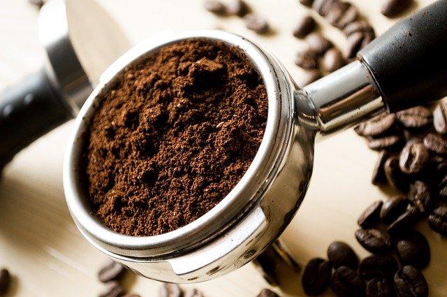 Photo de café moulu italien pour un espresso